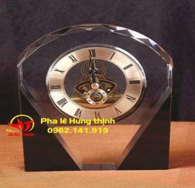 Đồng hồ pha lê Mẫu 11