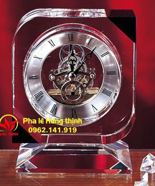 Đồng hồ pha lê Mẫu 12