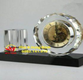 Đồng hồ pha lê Mẫu 15