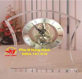 Đồng hồ pha lê Mẫu 01