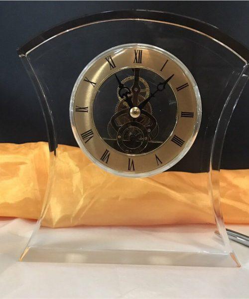 Đồng hồ pha lê Mẫu 04