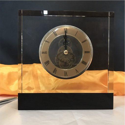 Đồng hồ pha lê 02
