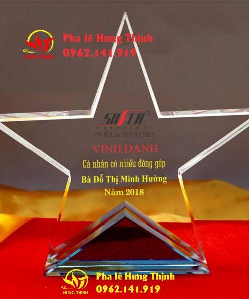 kỷ niệm chương pha lê ngôi sao mẫu 12