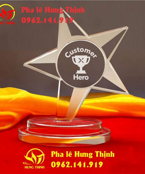 kỷ niệm chương pha lê ngôi sao mẫu 8