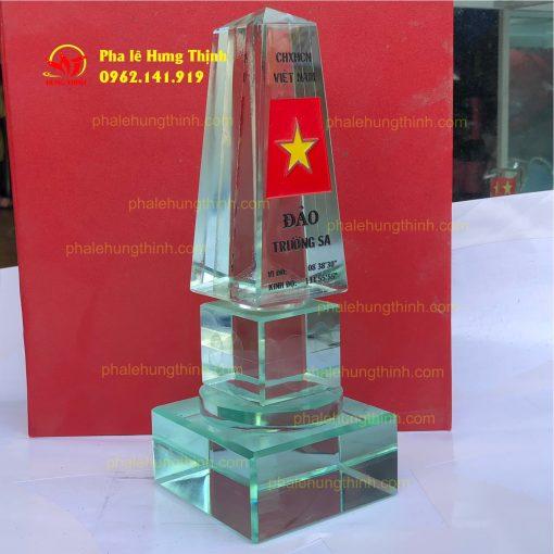 sản xuất kỷ niệm chương pha lê mẫu 14c