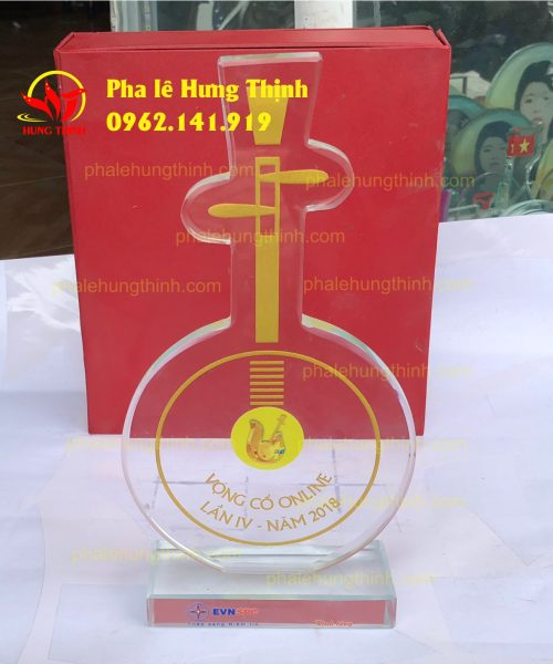 sản xuất kỷ niệm chương pha lê theo yêu cầu mẫu 1a