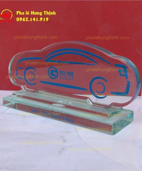 sản xuất kỷ niệm chương pha lê mẫu 5